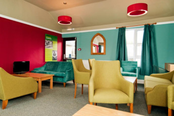 YHA Malham : Lounge in the YHA Malham hostel in England