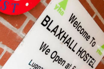 YHA Blaxhall : Exterior view of the YHA Blaxhall hostel in England