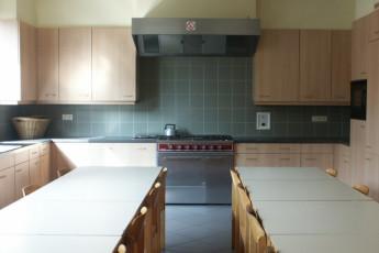 Blankenberge De Wullok : Kitchen area in the Blankenberge De Wullok hostel in Belgium