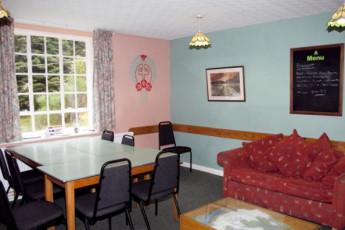 YHA Helvellyn : Lounge area in the YHA Helvellyn hostel in England