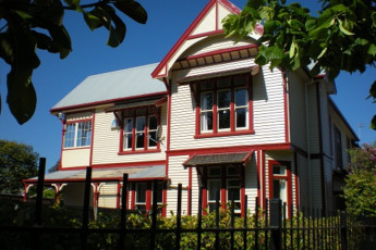 YHA Christchurch Rolleston House : Exterior of the Christchurch, Rolleston House Hostel in New Zealand