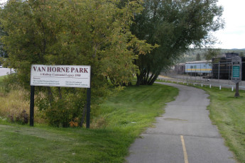 HI - Cranbrook : Area around the HI - Cranbrook hostel in Canada