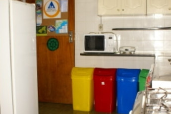 Ubatuba - Tribo Hostel : Kitchen of the Ubatuba - Tribo Hostel in Brazil