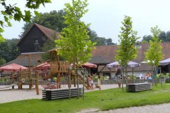 Westerlo - Boswachtershuis : Playground at Westerlo - Boswachtershuis Hostel, Belgium