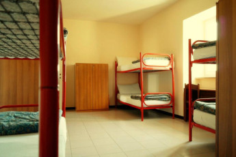 Assisi - Ostello della Pace : Dorm Room in Assisi - Ostello della Pace Hostel, Italy