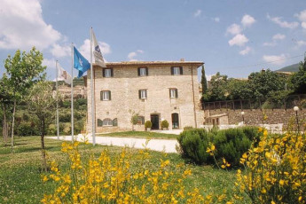Assisi - Ostello della Pace : Front Exterior View of Assisi - Ostello della Pace Hostel, Italy