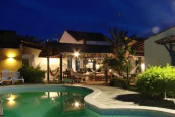 Olinda – Olinda Hostel : Swimming pool at the Olinda - Olinda hostel in Brazil