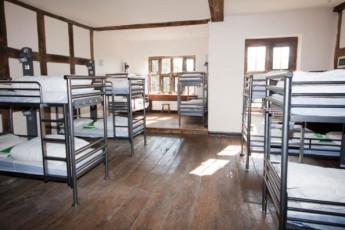 YHA Wilderhope Manor : Large dorm room in the YHA Wilderhope Manor Hostel in England