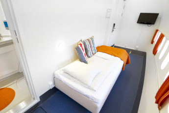 Stockholm - Arlanda/Jumbo Stay : Single room in the Jumbo Stay Hostel in Sweden
