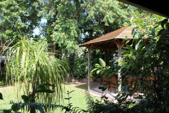 Cooktown YHA : Terrace at the Cooktown Hostel in Australia