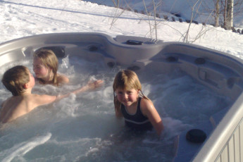 Geilo : Hot Tub at Geilo Hostel, Norway