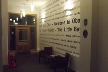 Oban SYHA : Entrance to the Oban SYHA hostel in Scotland