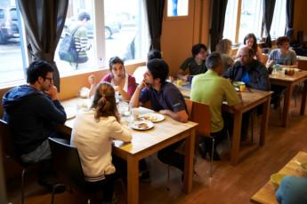 Borgarnes : Dining Area in Borgarnes Hostel, Iceland