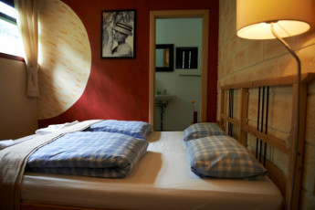 Borgarnes : Double Bedroom in Borgarnes Hostel, Iceland