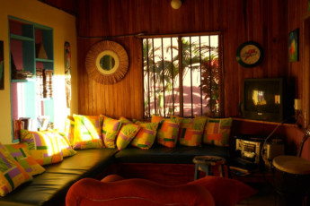 Manuel Antonio - Hostel Vista Serena : Lounge in the Hostel Vista Serena in Costa Rica