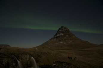 Grundarfjörður : View of Northern Lights from Grundarfjorour Hostel, Iceland