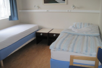Akureyri : Twin Room in Akureyri Hostel, Iceland