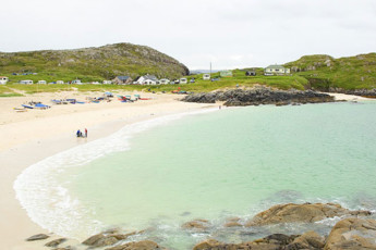 Achmelvich Beach SYHA : Beach near the Achmelvich Beach hostel in Scotland