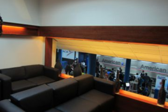 La Paz - Hi Airport Sleepbox Onkel Inn : Lounge in the Hi Airport Sleepbox Onkel Inn Hostel in Bolivia