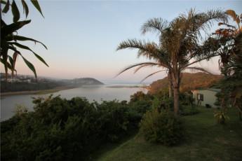 Buccaneers Lodge & Backpackers - Chintsa : Views from the Buccaneers Lodge and Backpackers Hostel in South Africa