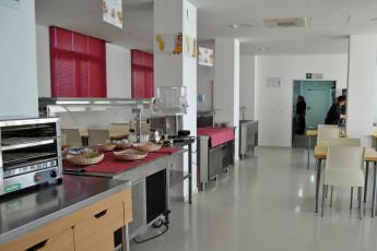 Albergue Inturjoven Jerez de la Frontera : Dining Area in Hostel HOSTEL Inturjoven Jerez, Spain