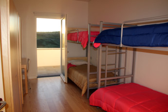 Azores - S.Maria Is. - Vila do Porto : Dorm room in the Vila do Porto hostel in Portugal
