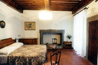 Cortona - San Marco : Double Bedroom in Cortona - San Marco Hostel, Italy