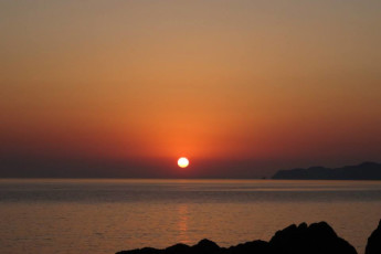 Yuasa - Arida Orange YH : Sunset near the Arida Orange hostel in Japan
