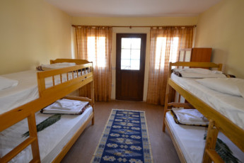 Fethiye - V-GO's Hotel & Guesthouse : Dorm room in the V GOs Hotel and Guesthouse in Turkey