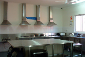 Margaret River YHA : Kitchen at the Margaret River hostel in Australia