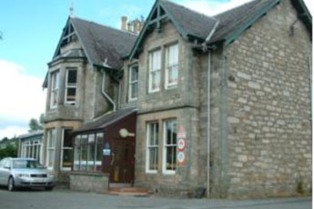 Pitlochry SYHA : Exterior of the Pitlochry hostel in Scotland