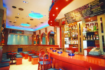 Athens - Hotel Lozanni : Bar Area in Athens - Hotel Lozanni Hostel, Greece