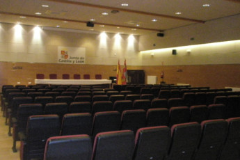 Soria - Antonio Machado R.J. : Conference hall in the Antonio Machado hostel in Spain