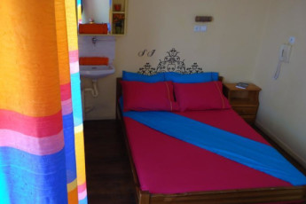 Athens - Student & Travellers Inn : Double Bedroom in Athens - Student and Travellers Inn, Greece