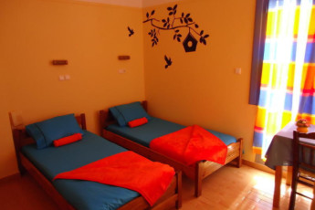 Athens - Student & Travellers Inn : Twin Room in Athens - Student and Travellers Inn, Greece