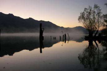 YHA Kinloch - Glenorchy : Landscape at Kinloch Lodge Hostel, New Zealand