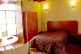 Zacatecas - Hostel Villa Colonial : Double Bedroom in Zacatecas - Hostel Villa Colonial, Mexico