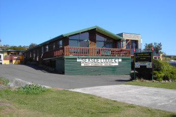 Bridport YHA : Exterior View of Bridport Hostel, Australia