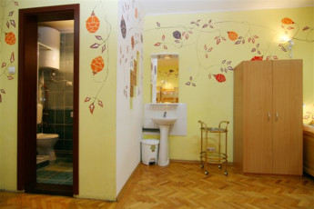 Brasov - Hostel Mara : Room with Ensuite in Brasov - Hostel Mara, Romania