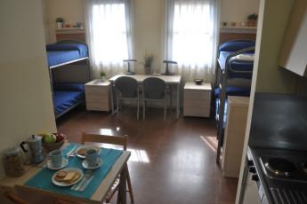 Bilbao - Blas de Otero : Dorm Room in Bilbao - Blas de Otero Hostel, Spain