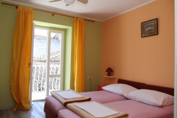 Stari Grad (island of Hvar) - Sunce : Double Bedroom in Stari Grad (island of Hvar) - Sunce Hostel, Croatia