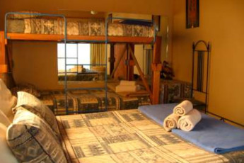 Nelspruit/Mbombela - Old Vic Backpackers : Family Room in Nelspruit/Mbombela - Old Vic Backpackers Hostel, South Africa