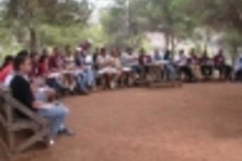 Zefta - Pines Hostel : exterior actividad en Zefta - pinos hostal, Líbano