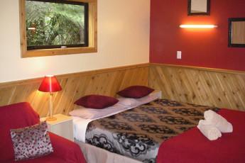 YHA Punakaiki : Double Bedroom in Punakaiki Youth Hostel Association, New Zealand