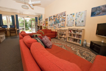 YHA Gisborne : TV and Lounge Area in Gisborne - Gisborne Youth Hostel Association, New Zealand