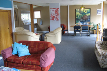 YHA Arthur's Pass : Lounge in Arthur's Pass, Mountain House YHA, New Zealand