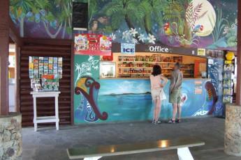 YHA Ahipara : Reception of the Ahipara hostel in New Zealand