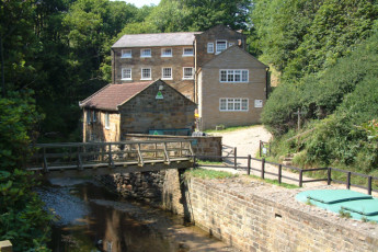 YHA Boggle Hole : Exterior View of Boggle Hole Hostel, England