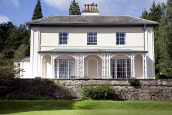YHA Hawkshead : Front Exterior View of Hawkshead Hostel, England