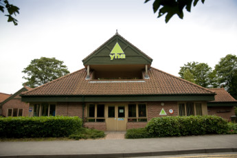 YHA Sherwood Forest : Front Exterior View of the Sherwood Forest Hostel, England
